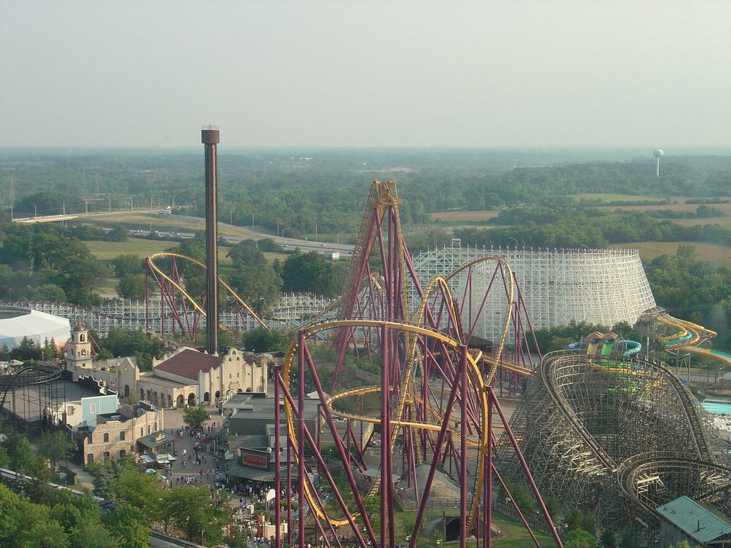 Six Flags now focuses more on the main attractions: the rollercoasters.