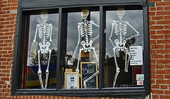 halloween marketing 5 spooky ways to throw a fall promotion - Spooky Halloween Store