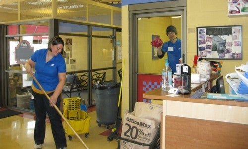volunteer-day-for-employees