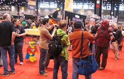 Bubba attends a comic convention