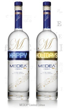 24_Medea-BottleImage