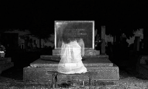 telling ghost stories