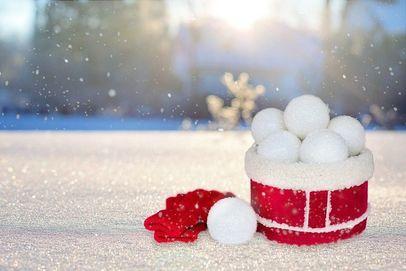 DIY snowballs for Christmas