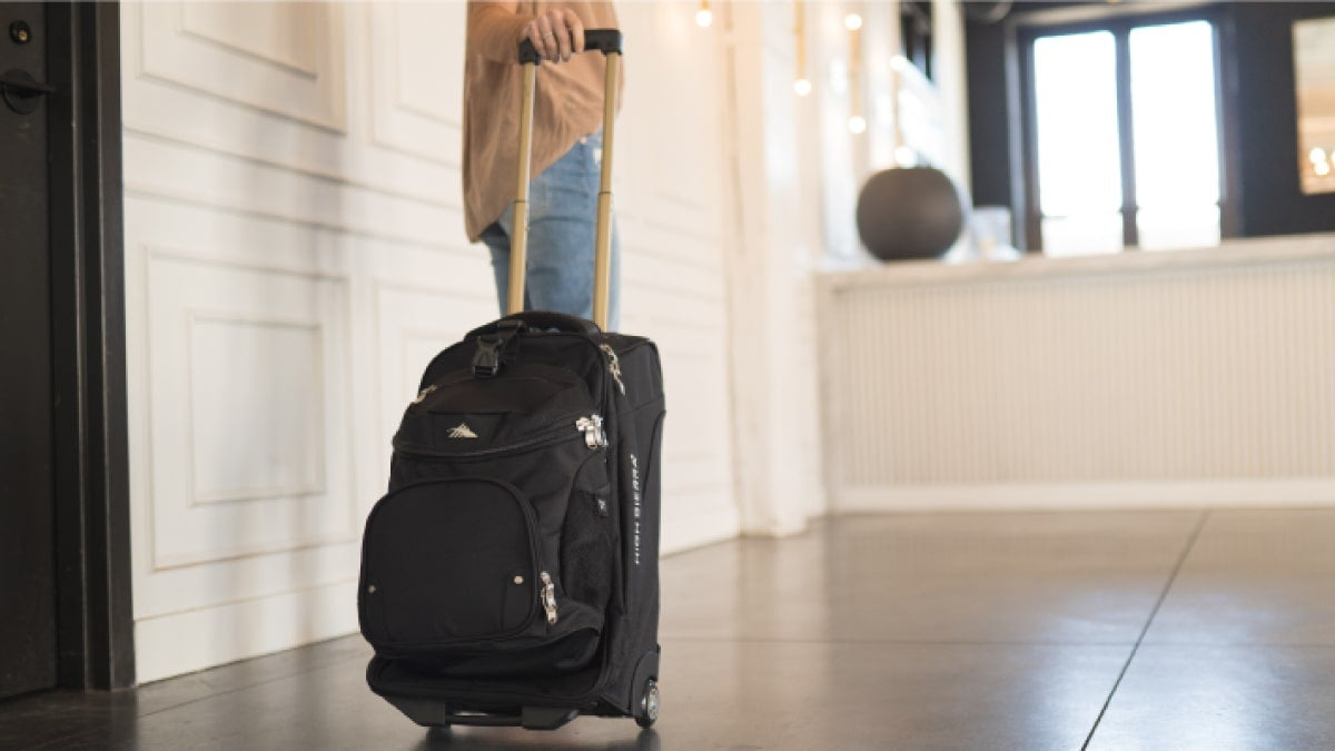 how-to-pack-bags-for-traveling