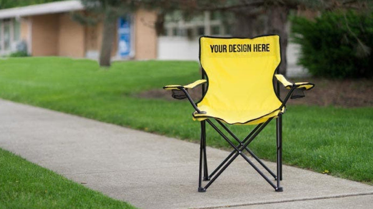 how-to-clean-folding-chairs-2