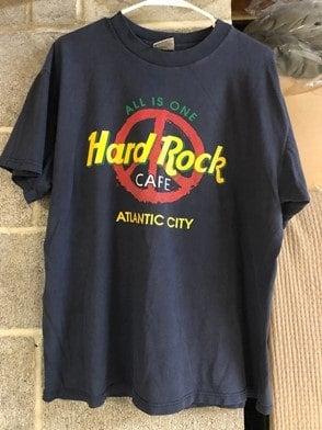Hard Rock Cafe souvenir shirt