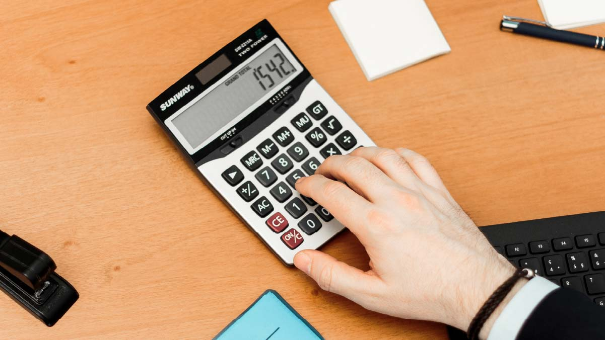 billboard-what-different-types-calculators