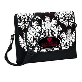 Company P.K. Reese Messenger Bag Style Laptop Sleeve