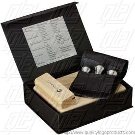 The Entertainers Wine & Cheese Set with Your Logo